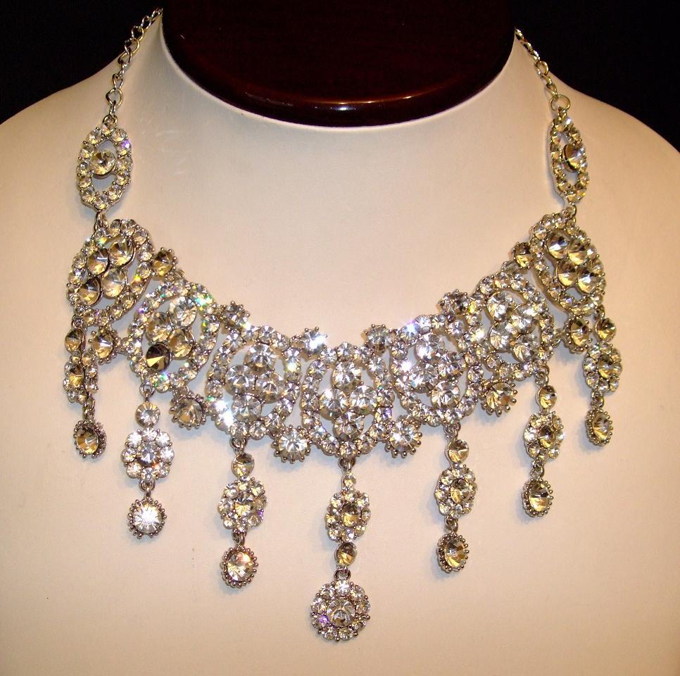 Beautiful Silver Indian Jewellery Set