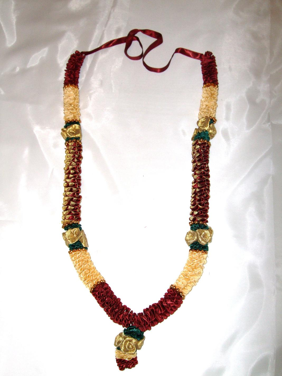 Milni Haar/ Wedding Garlands (Gold/Maroon)